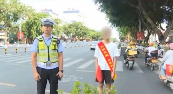 Thanh niên vi phạm giao thông bị cảnh sát phạt đăng status được 30 like mới thả, nghe thì dễ nhưng đời không như mơ... - ảnh 1