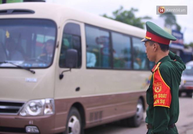 Lễ di quan của 13 cán bộ, chiến sỹ hy sinh ở Rào Trăng 3 bắt đầu - Ảnh 3.
