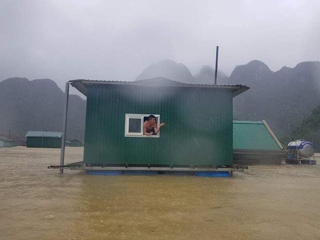 Một lần nữa, những căn nhà phao trong dự án Nhà Chống Lũ phát huy tác dụng tại Quảng Bình - ảnh 1