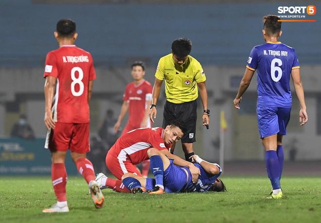 Quế Ngọc Hải bị trợ lý HLV tuyển Việt Nam doạ đánh vì chơi xấu đàn em - ảnh 8