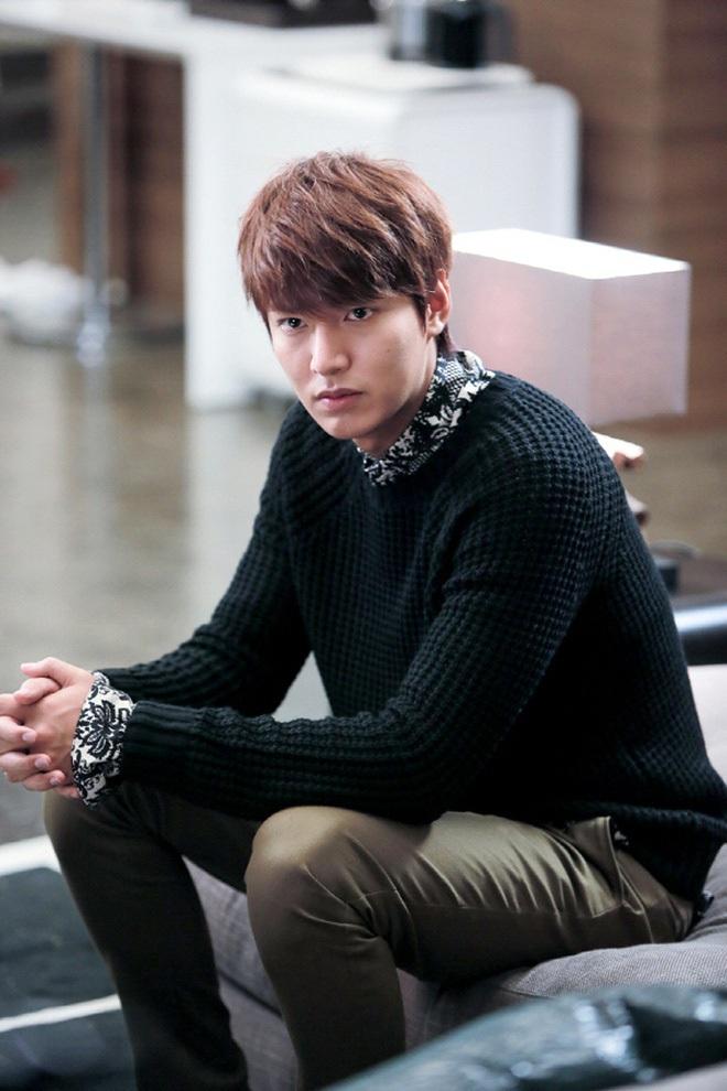 Chán làm con nhà giàu, Lee Min Ho biến hình thành trai nghèo, ơn trời sau 34 năm cuộc đời anh cũng chịu đổi màu rồi! - ảnh 8