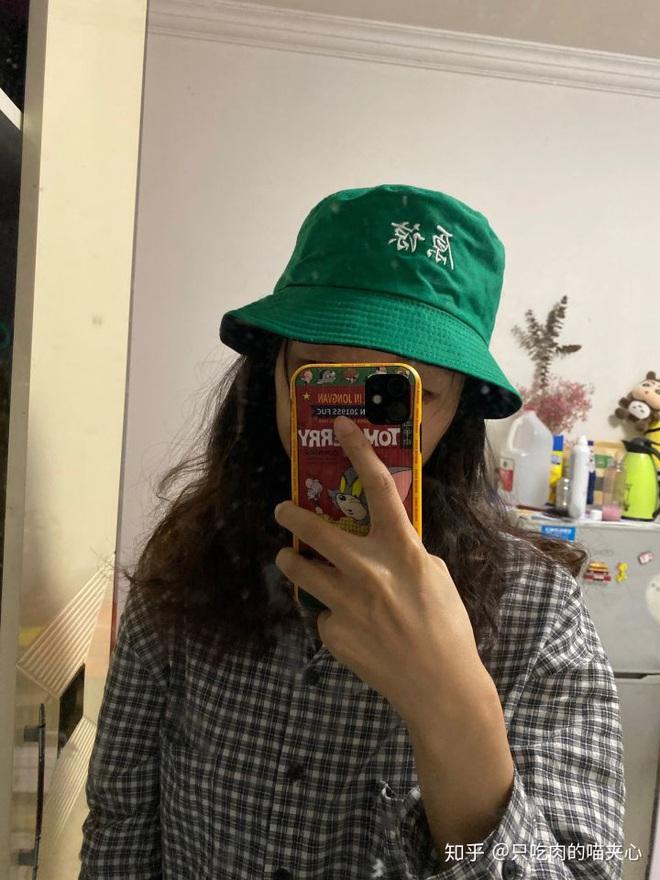 7749 chuyện bi hài về những món quà các anh con trai tặng bạn gái: Người mua 9 cái mũ, kẻ tặng quái vật sinh đôi - ảnh 6