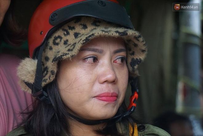 Nước mắt người vợ chiến sĩ hy sinh ở Sư Đoàn 337: Giờ anh mất, muốn đưa thi thể về nhà cũng không được vì quê Quảng Bình vẫn còn ngập lụt - ảnh 10