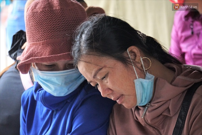 Nước mắt người vợ chiến sĩ hy sinh ở Sư Đoàn 337: Giờ anh mất, muốn đưa thi thể về nhà cũng không được vì quê Quảng Bình vẫn còn ngập lụt - ảnh 9