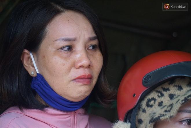 Nước mắt người vợ chiến sĩ hy sinh ở Sư Đoàn 337: Giờ anh mất, muốn đưa thi thể về nhà cũng không được vì quê Quảng Bình vẫn còn ngập lụt - ảnh 11