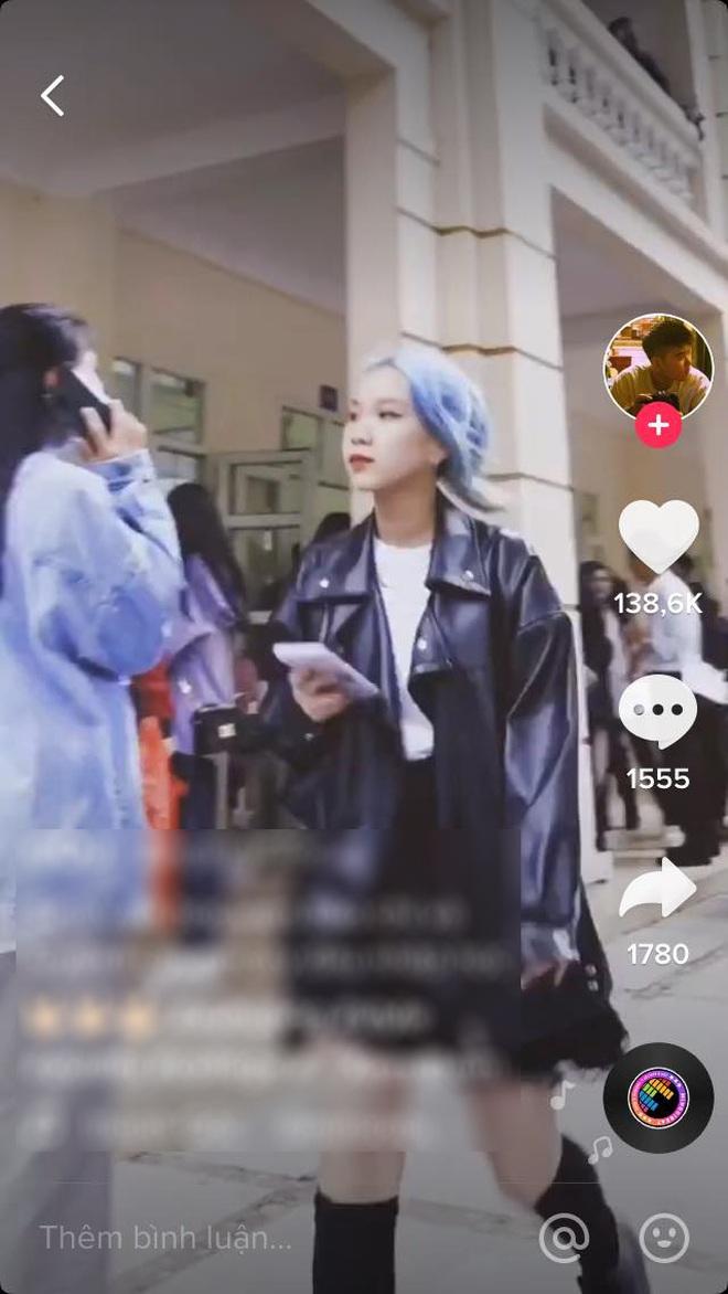 Tân sinh viên trường Báo lên đồ đi nhập học cool như dự Fashion Week, team qua đường muốn dìm cũng không có cửa - ảnh 9