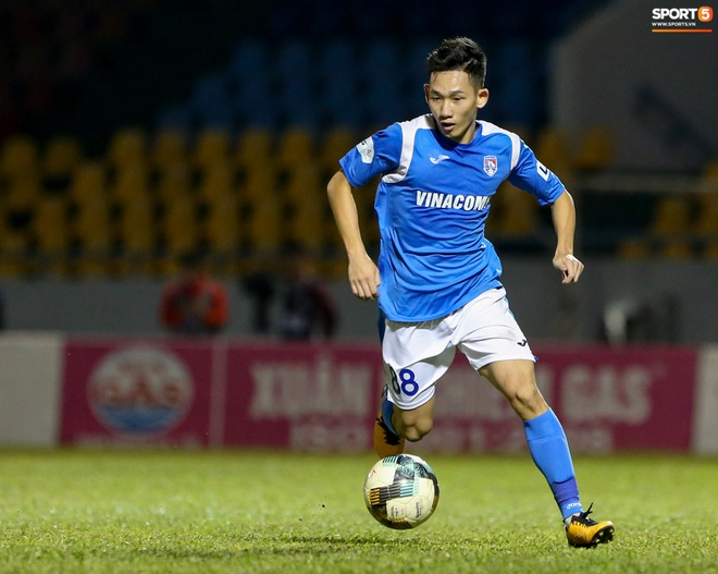 Cầu thủ 29 tuổi lại được tiến cử cho HLV Park Hang-seo, cạnh tranh bộ tứ trung vệ quyền lực - ảnh 2