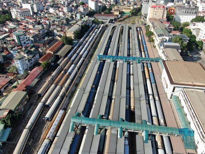 Đường sắt Việt Nam vận chuyển hàng hóa miễn phí vào miền Trung ngay sau khi thông đường - ảnh 12