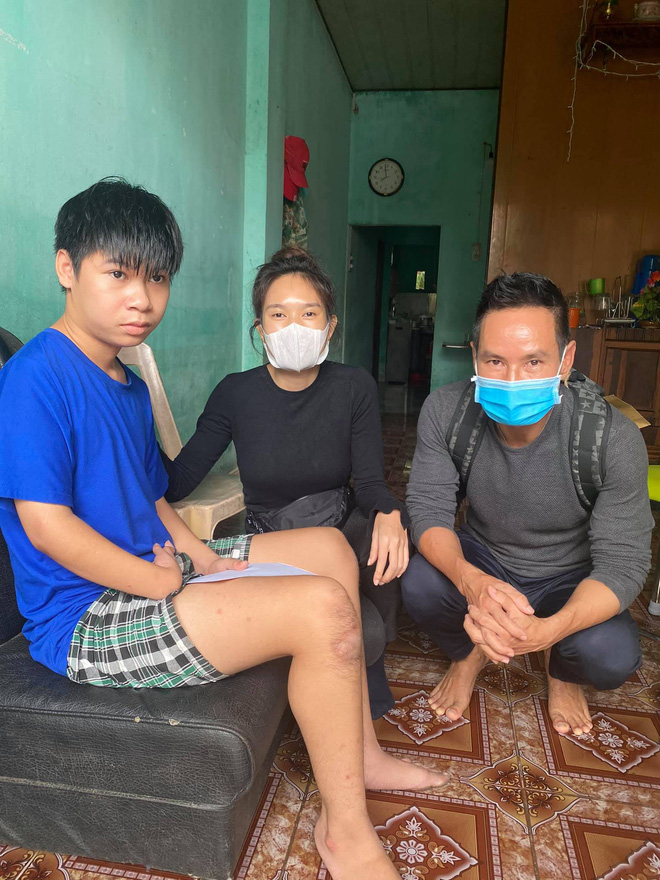 NS Hoài Linh thông báo đã nhận 1,5 tỷ đồng sau gần 1 ngày kêu gọi cứu trợ miền Trung - ảnh 4