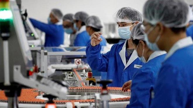 Trung Quốc: Trả 60 USD để tiêm vắc-xin Covid-19 thử nghiệm - ảnh 1