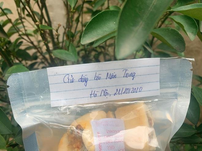 """Cô sinh viên tự làm 20kg bánh chả gửi cho đồng bào miền Trung: """"em không có nhiều tiền chứ sức thì em dư"""" - Ảnh 3."""