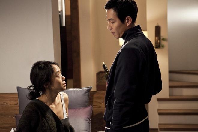 6 phim Hàn ngập cảnh nóng: Không thể thiếu mối tình hầu gái của mỹ nhân giật chồng ồn ào nhất Kbiz - ảnh 11