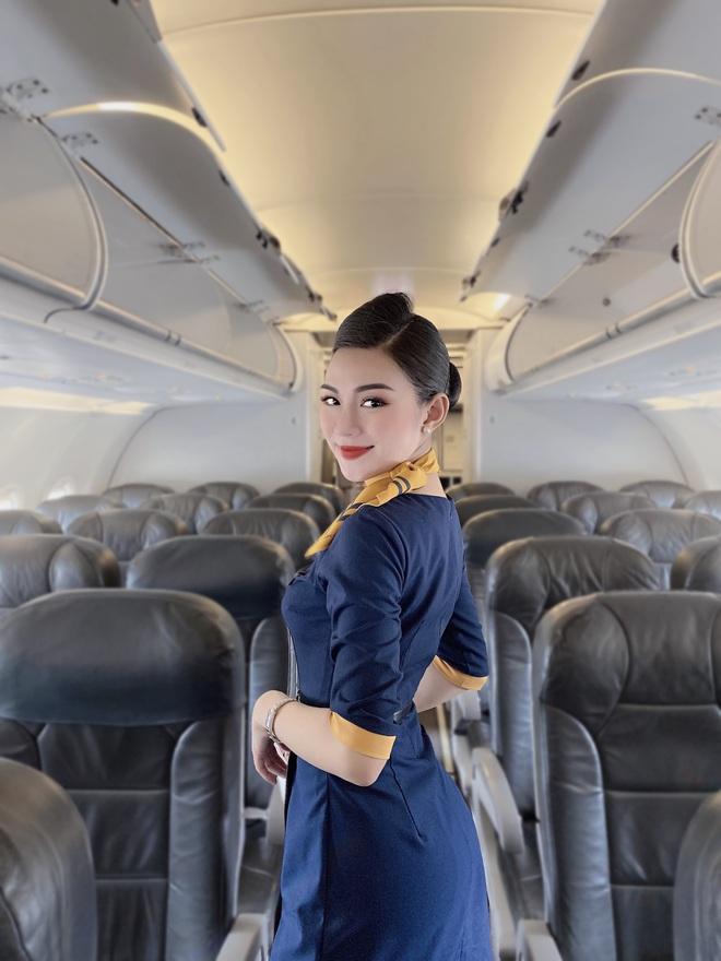 Tiếp viên hàng không kể chuyện yêu anh cơ phó nhờ Facebook, hé lộ mức lương xứng đáng với công việc trong mơ - ảnh 2