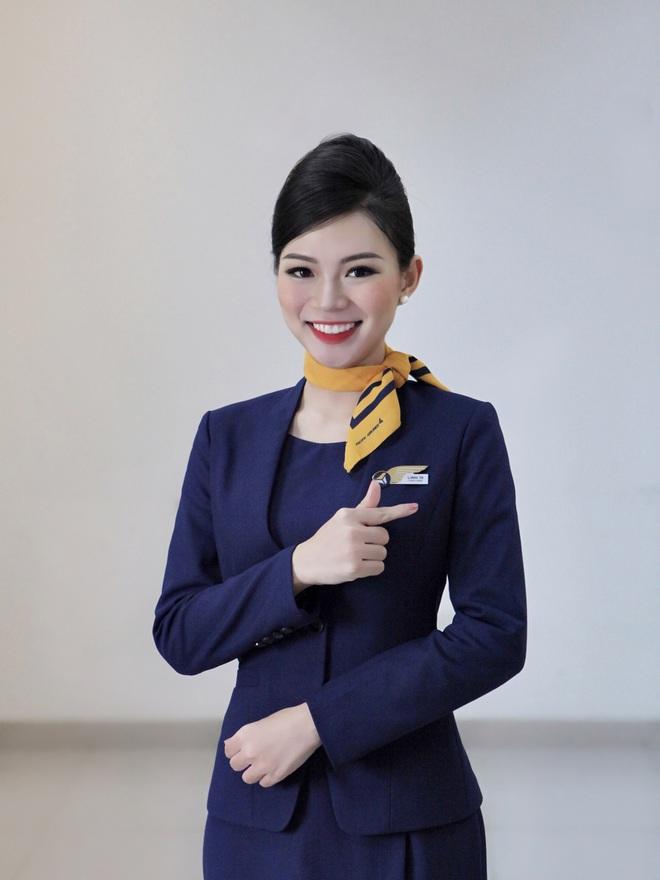 Tiếp viên hàng không kể chuyện yêu anh cơ phó nhờ Facebook, hé lộ mức lương xứng đáng với công việc trong mơ - ảnh 1