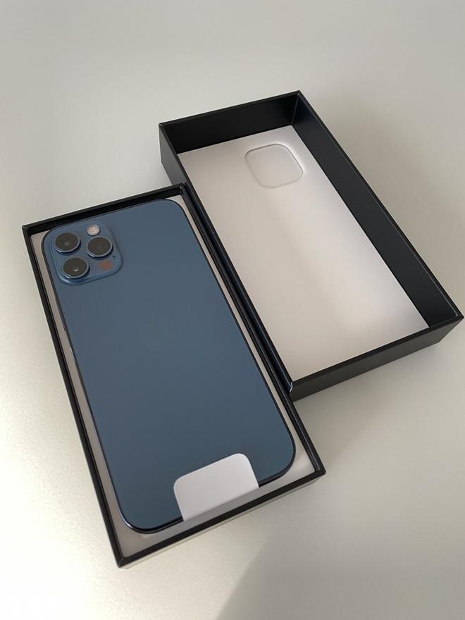 iPhone 12 vừa tung ra thị trường đã nhận được mưa lời khen từ người dùng quốc tế - ảnh 3