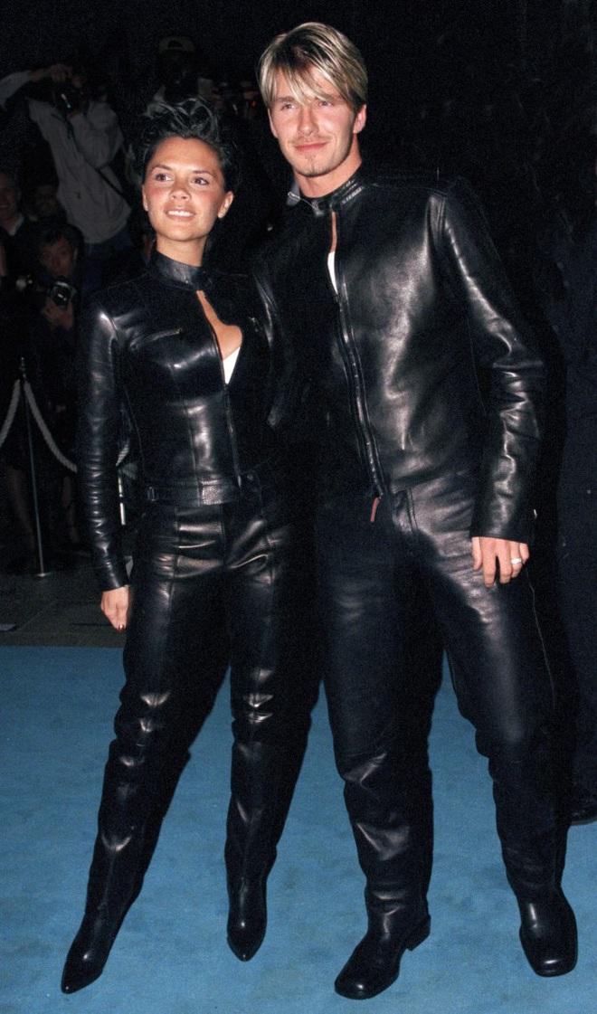 Victoria hé lộ về lần đầu chạm mặt ông xã David Beckham, xác nhận một điều mà nhiều người không dám tin: Tình yêu sét đánh là có thật! - ảnh 1