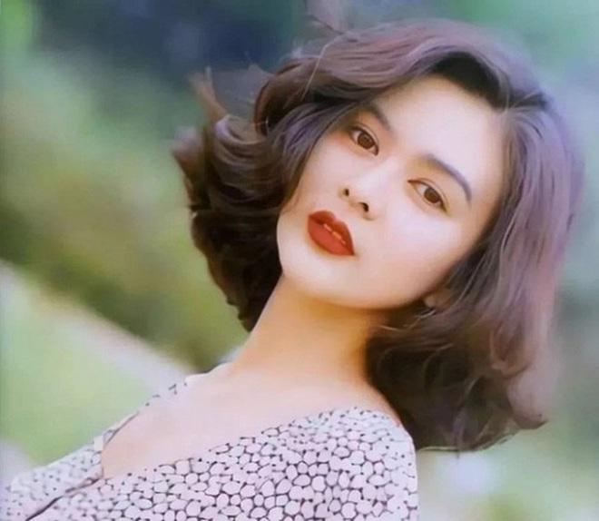 Mỹ nhân TVB hồi xưa mới đúng là các trendsetter: Tóc tai đến giờ vẫn hợp mốt và được chị em học hỏi nhiệt tình - ảnh 16