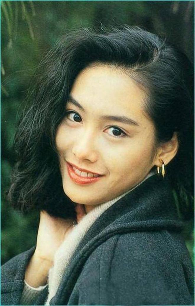 Mỹ nhân TVB hồi xưa mới đúng là các trendsetter: Tóc tai đến giờ vẫn hợp mốt và được chị em học hỏi nhiệt tình - ảnh 15