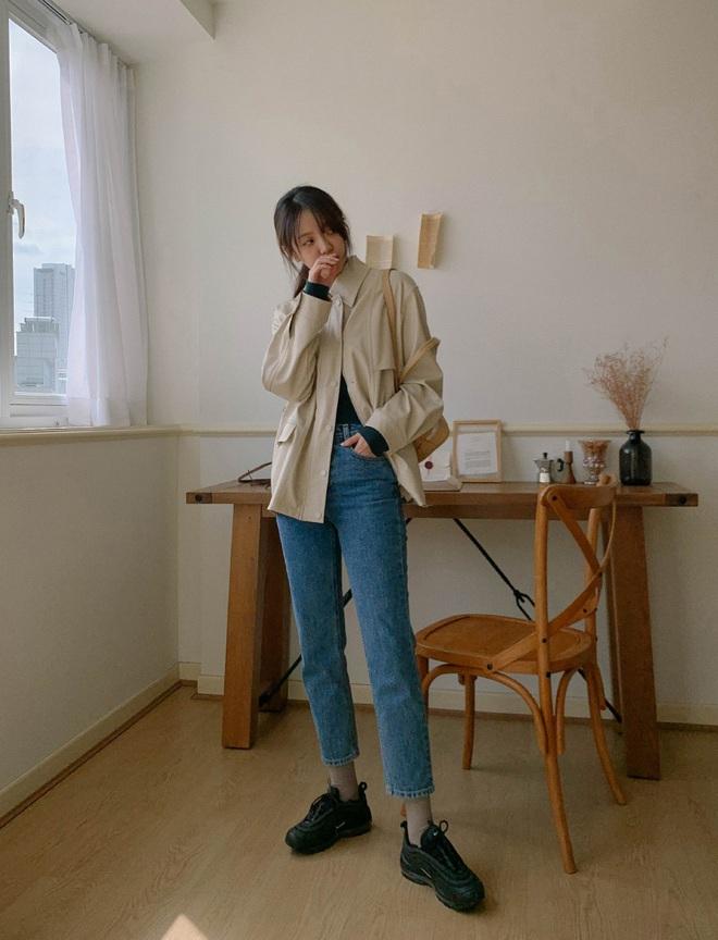 Để lúc nào cũng trẻ trung trendy, các nàng cứ lựa đúng 5 kiểu quần dài sau mà diện - ảnh 1