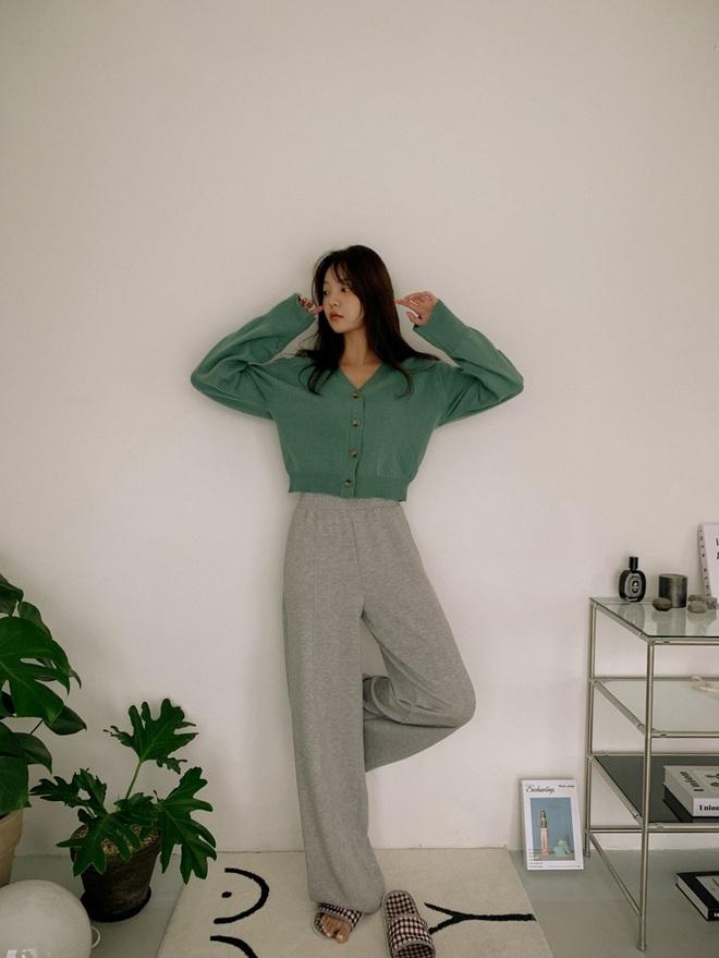 Để lúc nào cũng trẻ trung trendy, các nàng cứ lựa đúng 5 kiểu quần dài sau mà diện - ảnh 11
