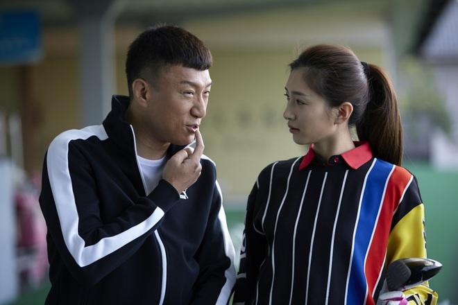 Giang Sơ Ảnh bê nguyên thần thái chị đại 30 Chưa Phải Là Hết vào phim mới, netizen vừa thấy đã mê hết nấc - ảnh 15