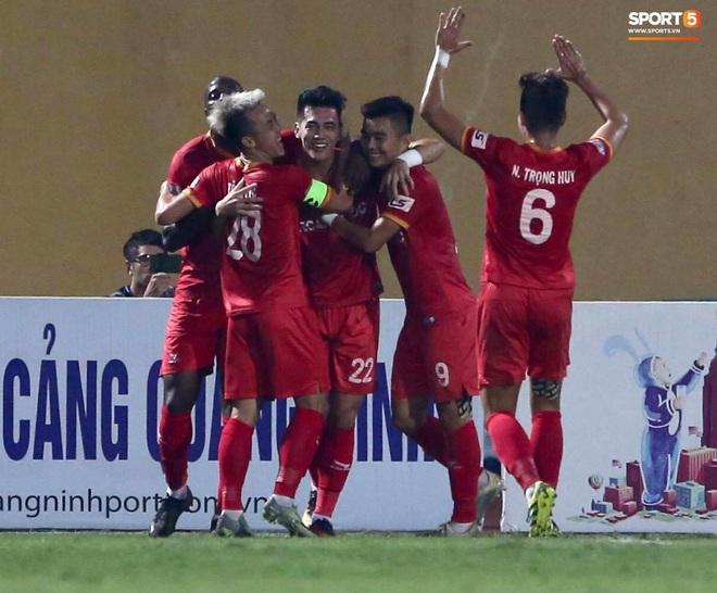 Quang Hải nổ súng phút cuối giải cứu Hà Nội FC, ăn mừng vỡ oà như đoạt chức vô địch - ảnh 14