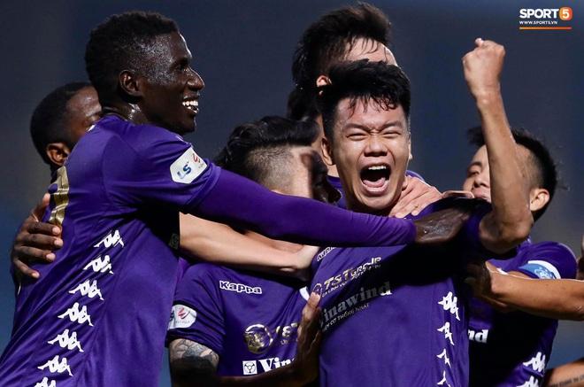Quang Hải nổ súng phút cuối giải cứu Hà Nội FC, ăn mừng vỡ oà như đoạt chức vô địch - ảnh 9