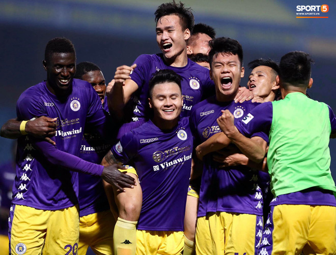 Quang Hải nổ súng phút cuối giải cứu Hà Nội FC, ăn mừng vỡ oà như đoạt chức vô địch - ảnh 7
