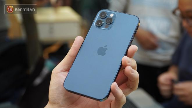 Trên tay iPhone 12 và iPhone 12 Pro tại Việt Nam - ảnh 11