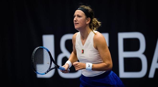 Pha ghi điểm độc nhất vô nhị: Cựu nữ tay vợt số 1 thế giới đưa bóng dạo chơi trên mép lưới và ăn điểm như hack - ảnh 1