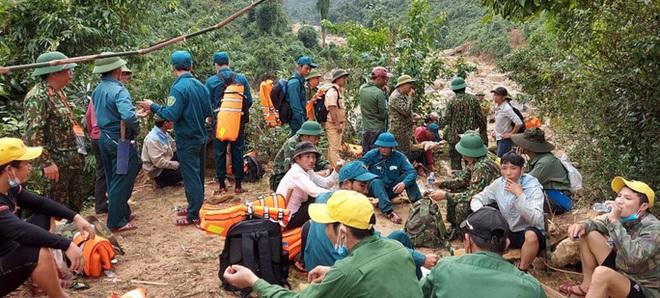 Tìm thấy thi thể 3 anh em ruột bị núi sạt lở vùi lấp ở Quảng Bình - ảnh 1