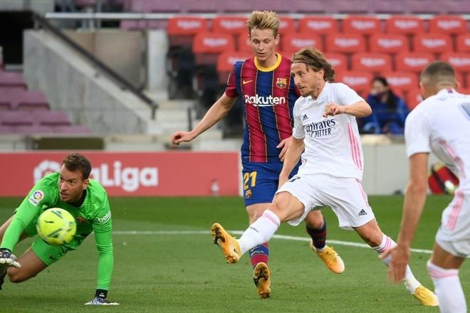 Messi cùng Barcelona thất thủ ngay trên sân nhà trước Real Madrid ở trận Siêu kinh điển - ảnh 7