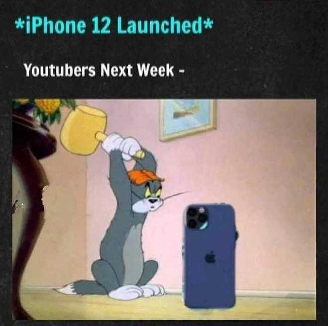 Cư dân mạng tiếc đứt ruột khi xem các YouTuber phá nát iPhone 12 - ảnh 1