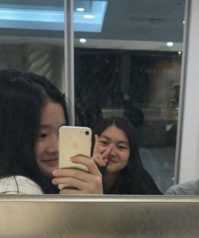 Cháu gái chủ tịch tập đoàn Samsung càng lớn càng xinh, cái nét sang dù đứng ở đâu cũng không thể lu mờ - ảnh 4
