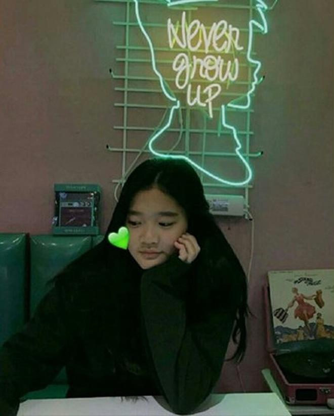 Cháu gái chủ tịch tập đoàn Samsung càng lớn càng xinh, cái nét sang dù đứng ở đâu cũng không thể lu mờ - ảnh 5