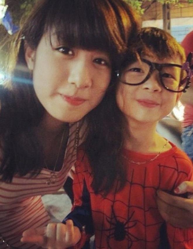 Màn lột xác của em chồng Trang Lou: Đang học lớp 8, ngày nào còn mặc đồ siêu nhân giờ đã ngầu lòi rồi - ảnh 8