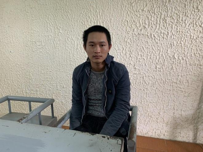 Quảng Bình: Bắt kẻ ngáo đá, chém đại úy công an nhập viện - ảnh 1