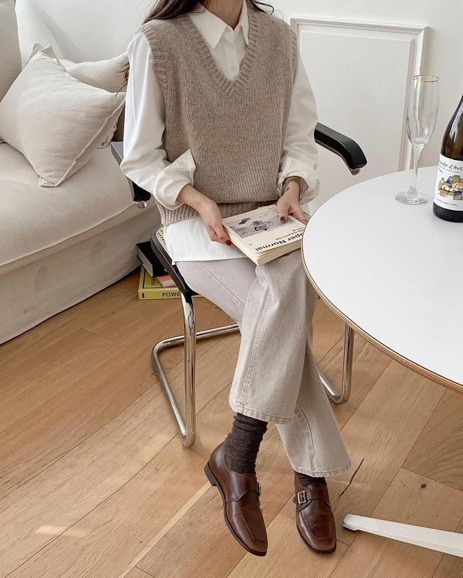 6 kiểu áo đáng sắm để mix cùng quần jeans, chị em diện mùa đông là có outfit trendy chuẩn chỉnh - Ảnh 5.