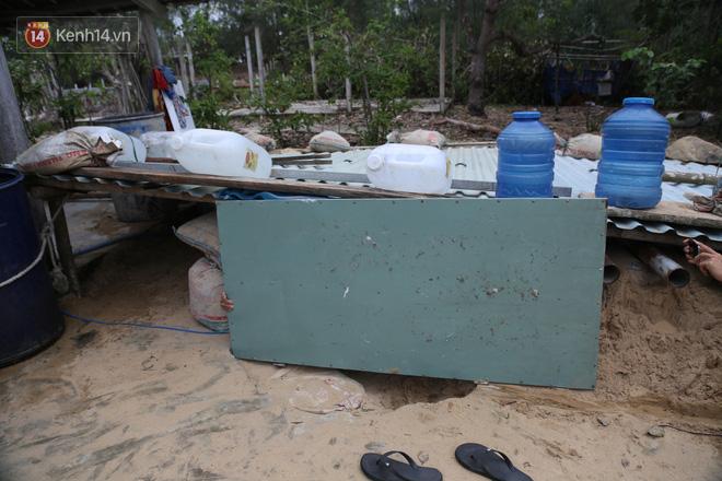 Người dân Quảng Nam đào hầm, đưa cả nhà xuống trú ẩn để tránh bão số 9 - ảnh 5