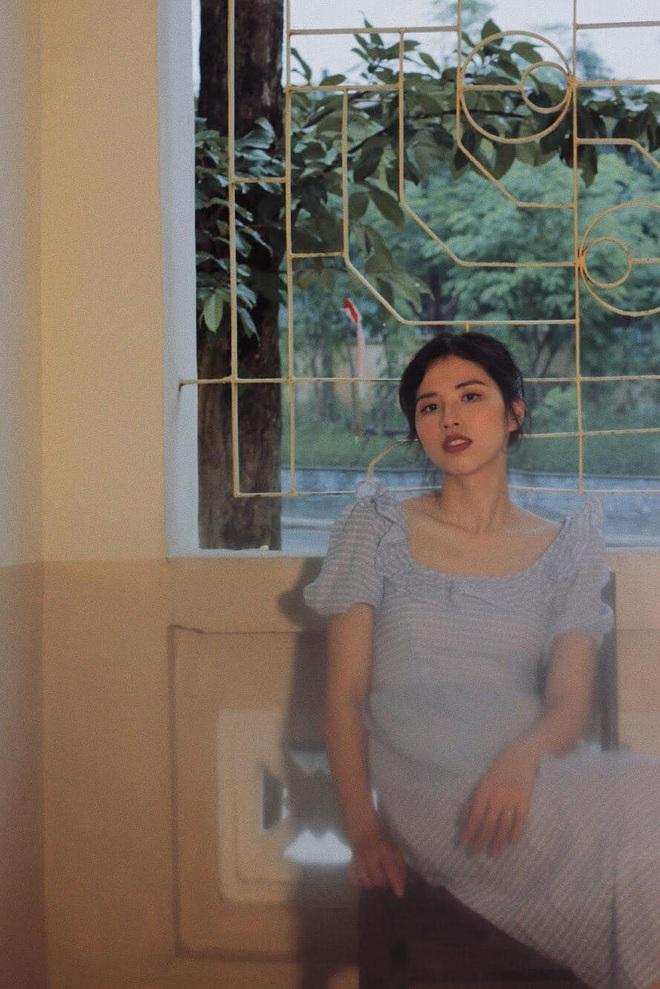 Chị gái Hoa hậu Hương Giang: Thạc sĩ Đại học, thạo 3 ngoại ngữ, nhan sắc thần tiên tỉ tỉ - ảnh 2