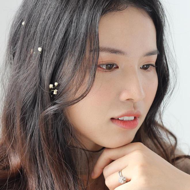 Chị gái Hoa hậu Hương Giang: Thạc sĩ Đại học, thạo 3 ngoại ngữ, nhan sắc thần tiên tỉ tỉ - ảnh 8