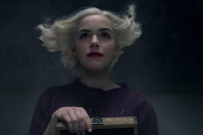 Phù thuỷ Sabrina mùa cuối bao ghê rợn nhờ dàn quái vật nguyên team đi vào hết trong trailer vừa tung - ảnh 7