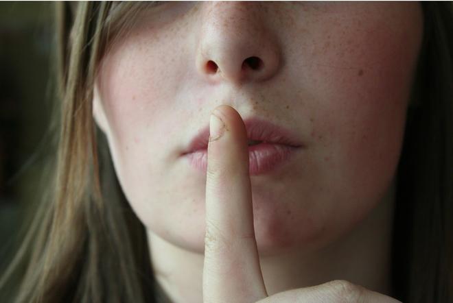 Ngoáy tai, ngoáy mũi, nặn mụn có thể gây tử vong: 5 hành động ngứa tay quen thuộc rất nguy hiểm, không nên làm tùy tiện - ảnh 6