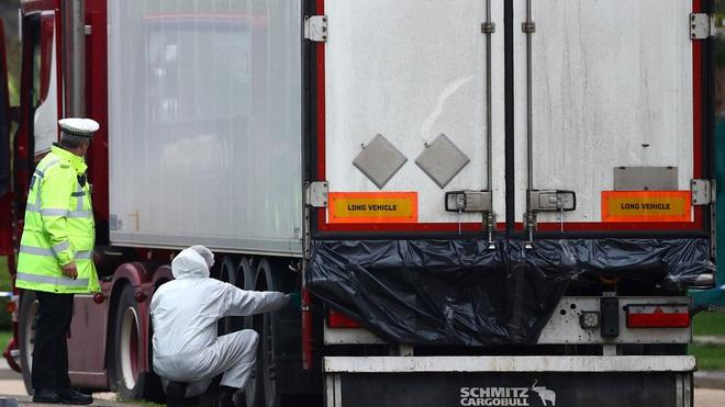Vụ 39 thi thể người Việt trong xe container tại Anh: Lộ diện video khoảnh khắc tài xế phát hiện sự việc, tình tiết sau đó khiến ai cũng tức giận - ảnh 3