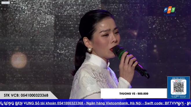 Sau ồn ào ly hôn, Lệ Quyên lần đầu xuất hiện biểu diễn chớp nhoáng trong đêm nhạc từ thiện ủng hộ miền Trung - ảnh 4