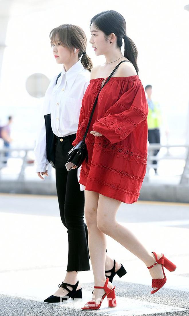 Cùng là 2 bông hoa tai tiếng của SM, nhưng sao style của Irene - Chanyeol lại trái ngược éo le cỡ này? - ảnh 12