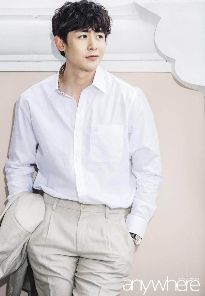Từng tự ti vì bị chê mặt lệch, chàng trai 2k đập hết xây lại được khen điển trai như Nickhun (2PM) - ảnh 8