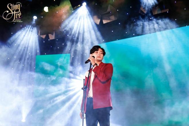 Trường Báo chào tân sinh viên: Nhạc kịch đỉnh cao, Noo Phước Thịnh hát live như nuốt đĩa 6 bài một lúc - ảnh 11