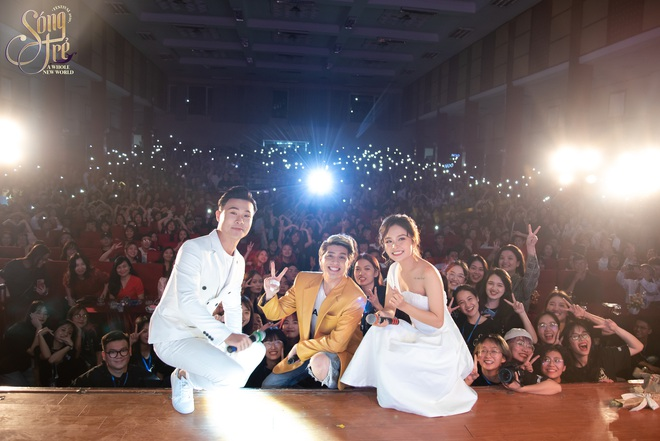 Trường Báo chào tân sinh viên: Nhạc kịch đỉnh cao, Noo Phước Thịnh hát live như nuốt đĩa 6 bài một lúc - ảnh 18