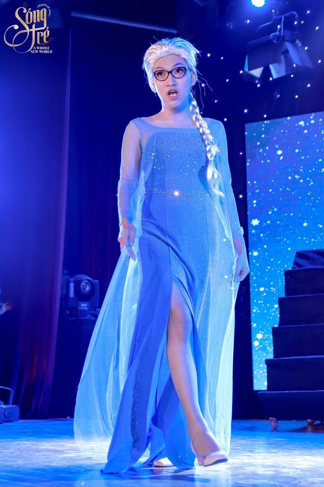 Trường Báo chào tân sinh viên: Nhạc kịch đỉnh cao, Noo Phước Thịnh hát live như nuốt đĩa 6 bài một lúc - ảnh 8